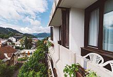 Hotel se nachází v krásné krajině