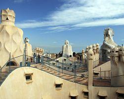 Casa Milá v Gaudího stylu