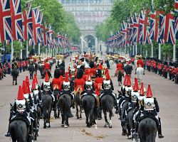 Slavnostní průvod k Buckinghamu