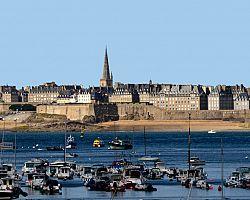 Přístavní město Saint Malo