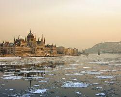 Město leží na Dunaji