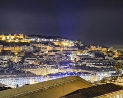 Noční pohled na město