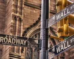 Wall Street nebo Broadway...