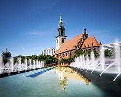 Berlínské náměstí Alexanderplatz