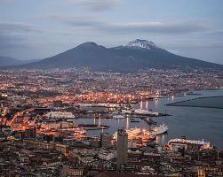 Noční pohled na Neapol