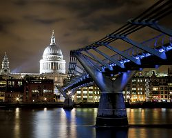 St. Paul's a Millenium Bridge