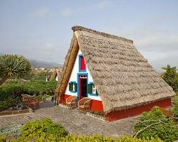 Tradiční obydlí na ostrově Madeira
