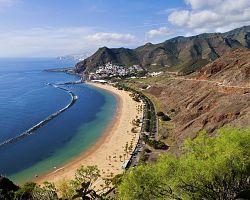 Pláž Playa de Las Teresitas