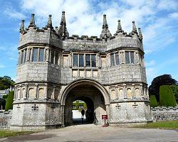 Okouzlující zámek Lanhydrock