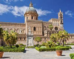 Katedrála v Palermu v plné kráse