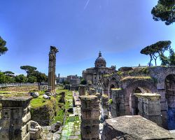Okouzlující Forum Romanum
