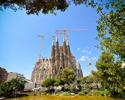 Gaudího velkolepá Sagrada Familia