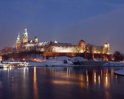 Zimní večerní atmosféra hradu Wawel