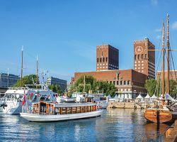 Pohled na Oslo z přístavu