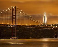 Monumentální most 25. dubna v Lisabonu
