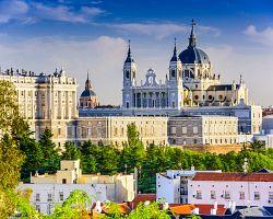 Katedrála Almudena v Madridu