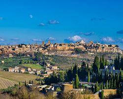 Pohled na skalní město Orvieto
