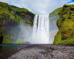 Velkolepý vodopád Skógafoss