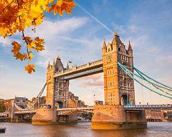 Podzimní Tower Bridge