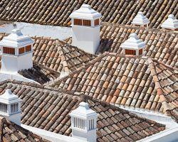 Faro a jeho typické komíny