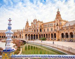 Španělské náměstí v Seville