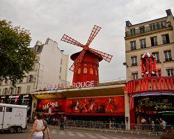 Nejslavnější kabaret na světě Moulin Rouge