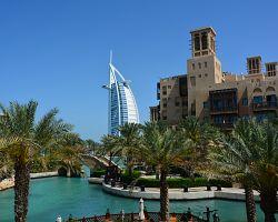 Pohled na nejluxusnější hotel Burj Al Arab neomrzí