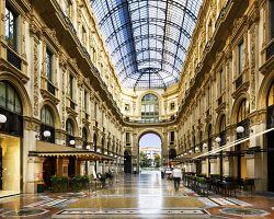 Interiér vyhlášené galerie Vittorio Emannuele