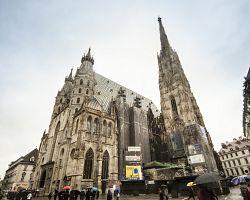 Dominantou Vídně je Stephansdom