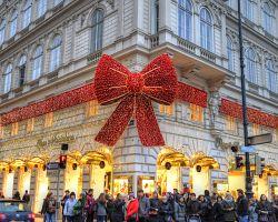Vánoční výzdoba v ulicích Vídně