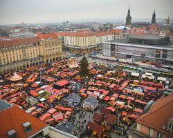 Drážďanský Striezelmarkt je jedním z nejstarších vánočních trhů v Německu.