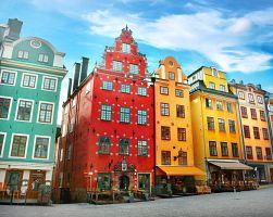 Působivé barevné domy ve Stockholmu