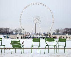 I v zimě můžete v Tuilerijských zahradách odpočívat a užívat si výhled Náměstí svornosti