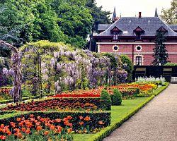 Nádherné zahrady Bagatelle v Bouloňském lesíku