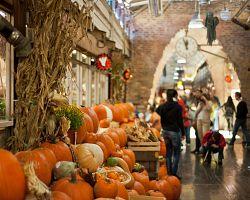 Krásné prostředí tržnice Chelsea Market