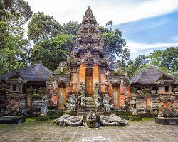Posvátný opičí park – Ubud Monkey Forest