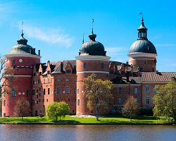 Hrad Gripsholm u Malarenského jezera