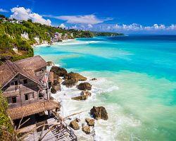 Užijte si azurové moře v oblasti Kuta