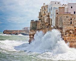 Divoké moře v Polignanu