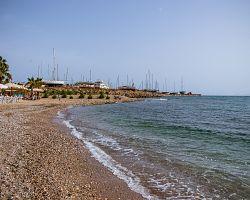 Koupání v moři v Athénách