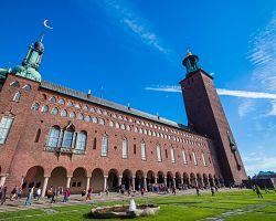 Stockholmská radnice z červených cihel