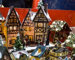 Nákupy na vánočních trzích ve Štrasburku