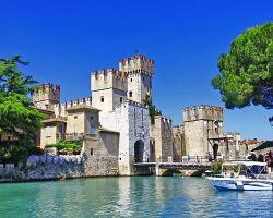 středověký hrad Castello Scaligero