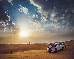 Západ slunce na poušti vás dostane