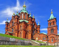 Uspenská katedrála na ostrově Katajanokka