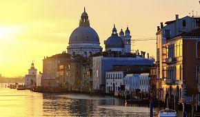 Východ slunce v Benátkách