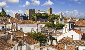 Pohled na městečko Óbidos