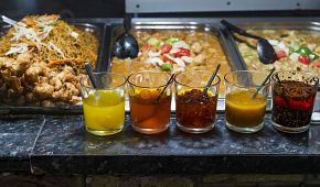 Ochutnávka jídla v alternativní čtvrti Camden Town