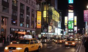 Známý podnik Bubba Gump Shrimp na Times Square