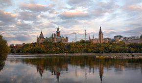 Pohled na historické centrum Ottawy
